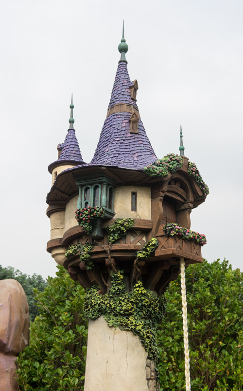 HKDL Fairy-Tale-Forest-1